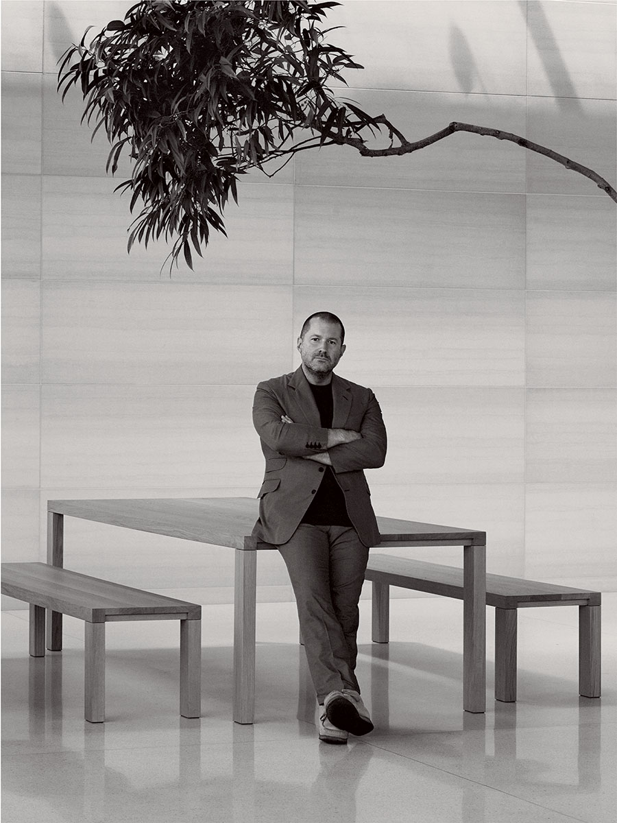 Jony Ive (David Sims, Vogue interview 001)