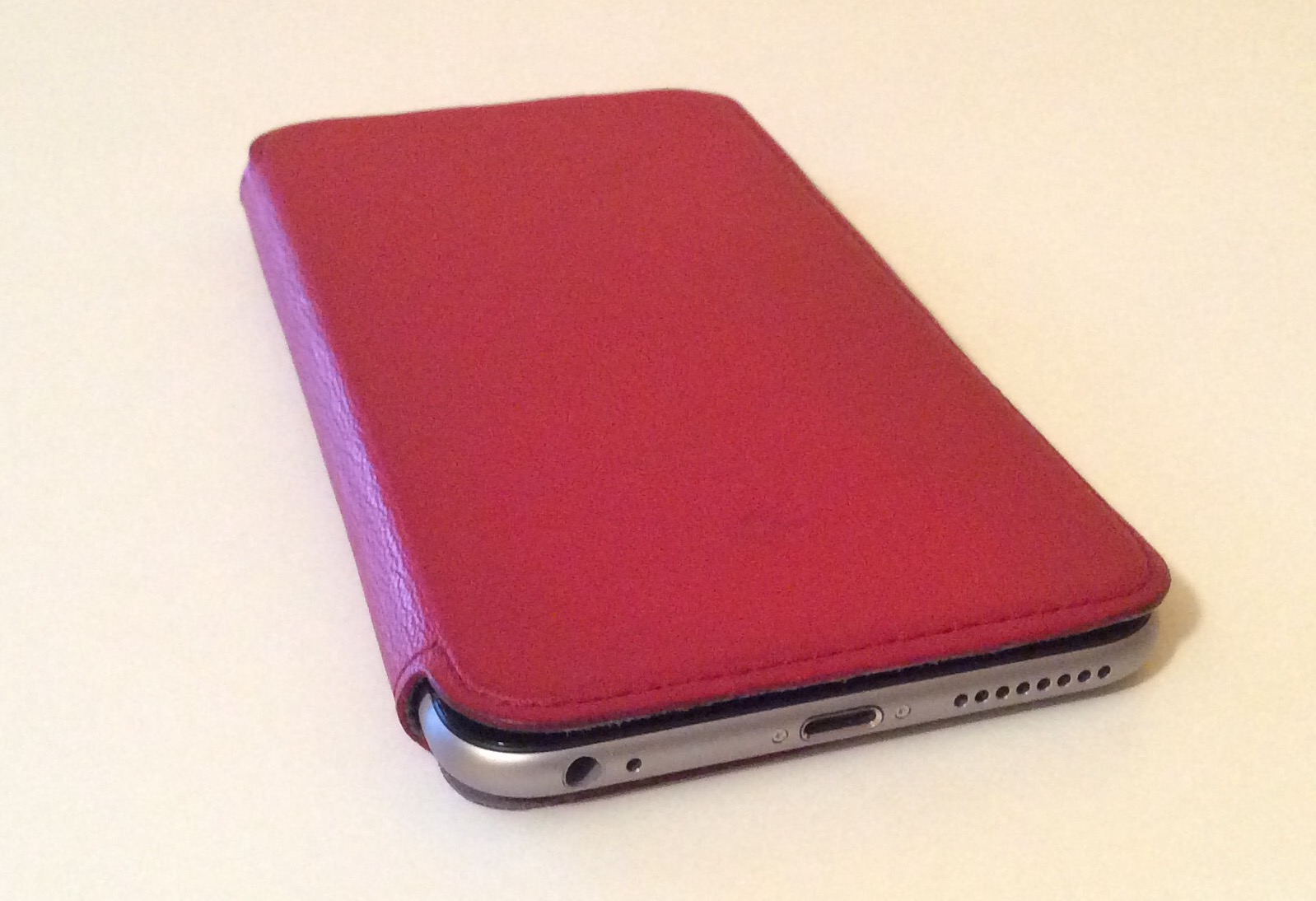 Twelve South SurfacePad for iPhone 6 Plus image 00022
