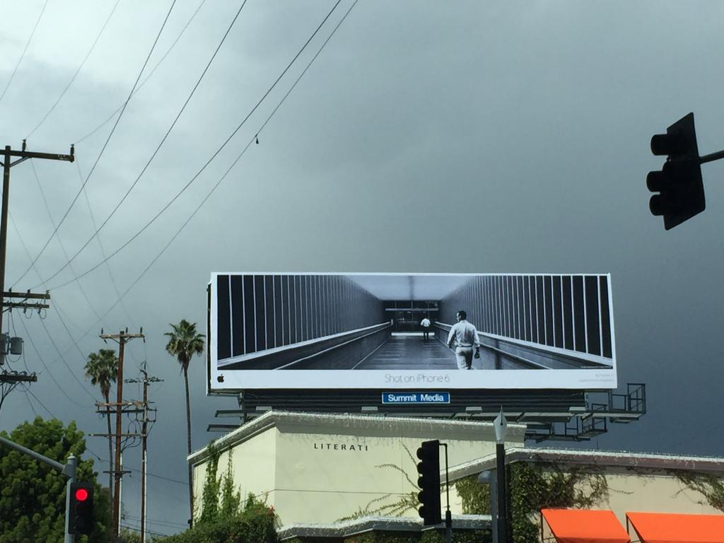 Apple campaing Shot on iPhone 6 Los Angeles billboard