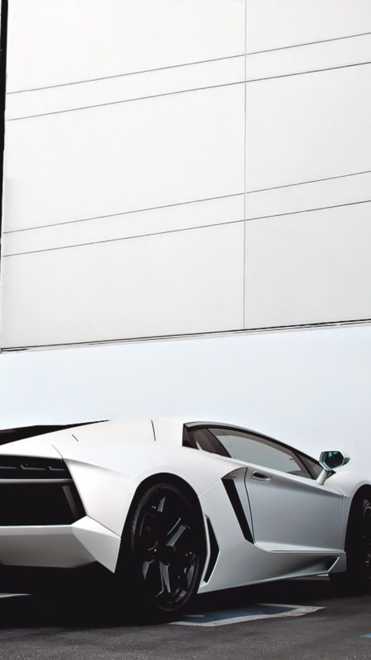 Supercar Lambo white