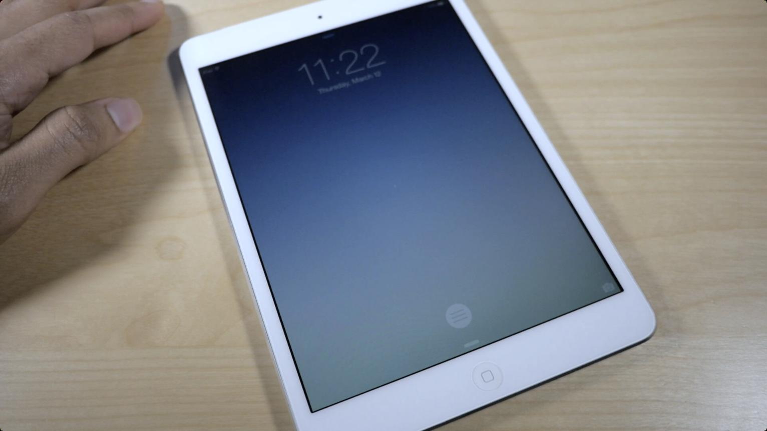 atom iPad