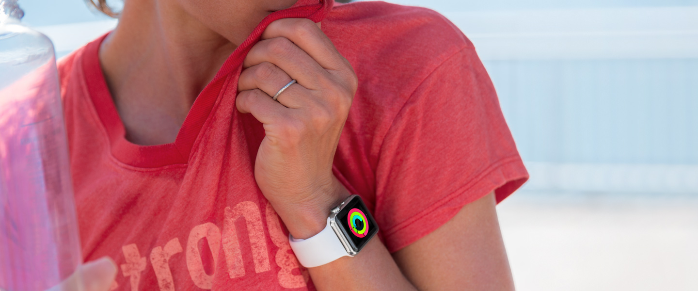 Apple Watch Sport on hand image 004