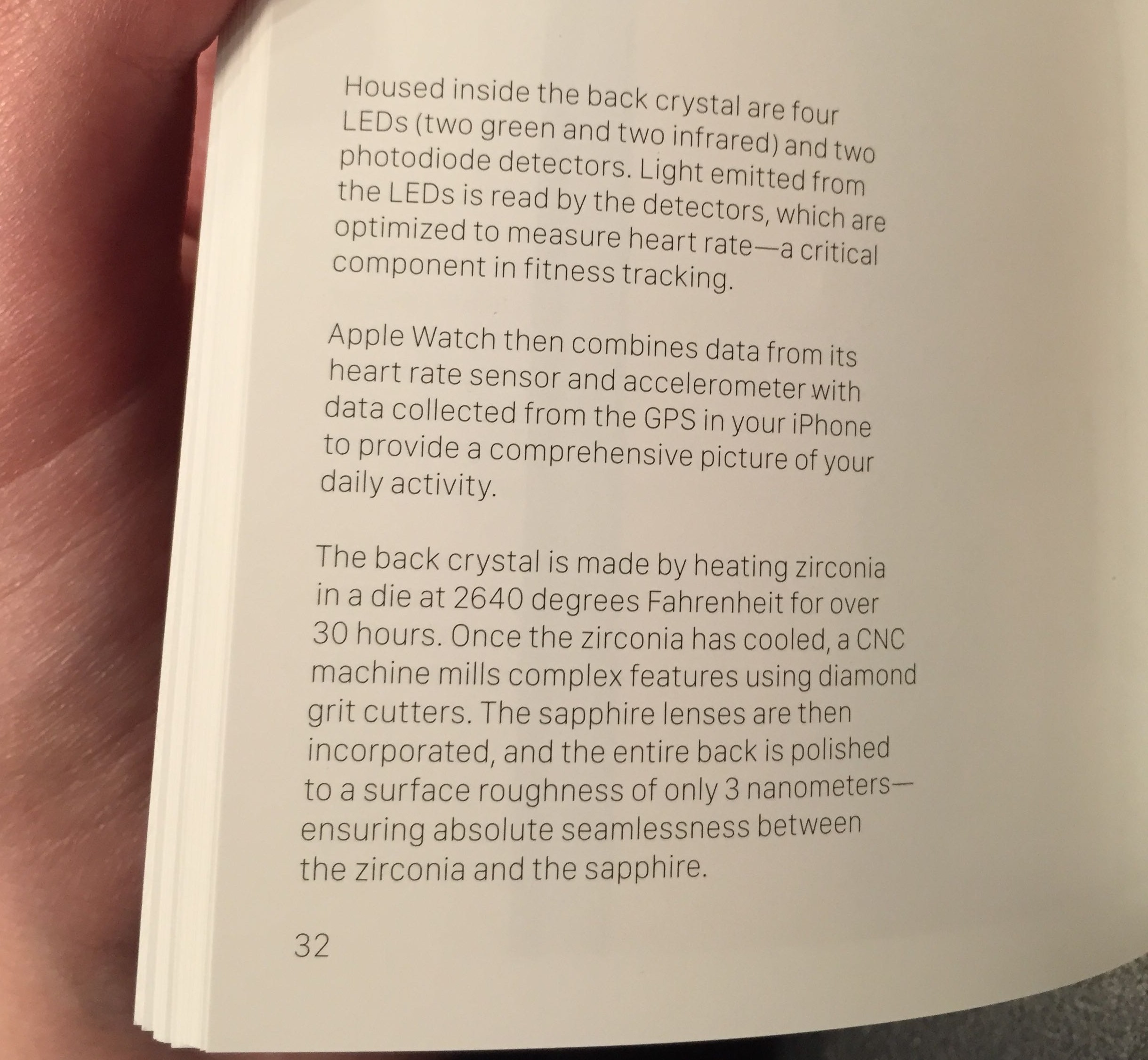 Apple Watch Edition booklet Biometric Sensor 001