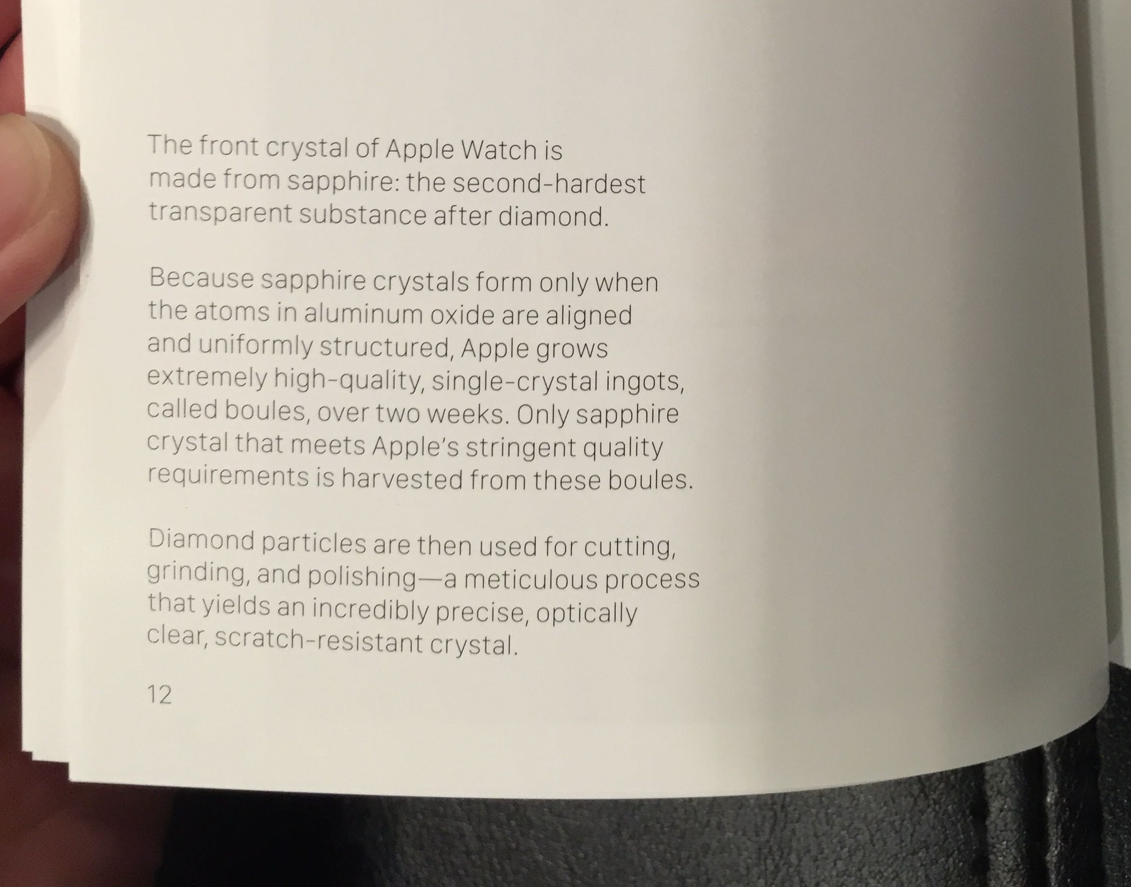 Apple Watch Edition booklet Sapphire 001