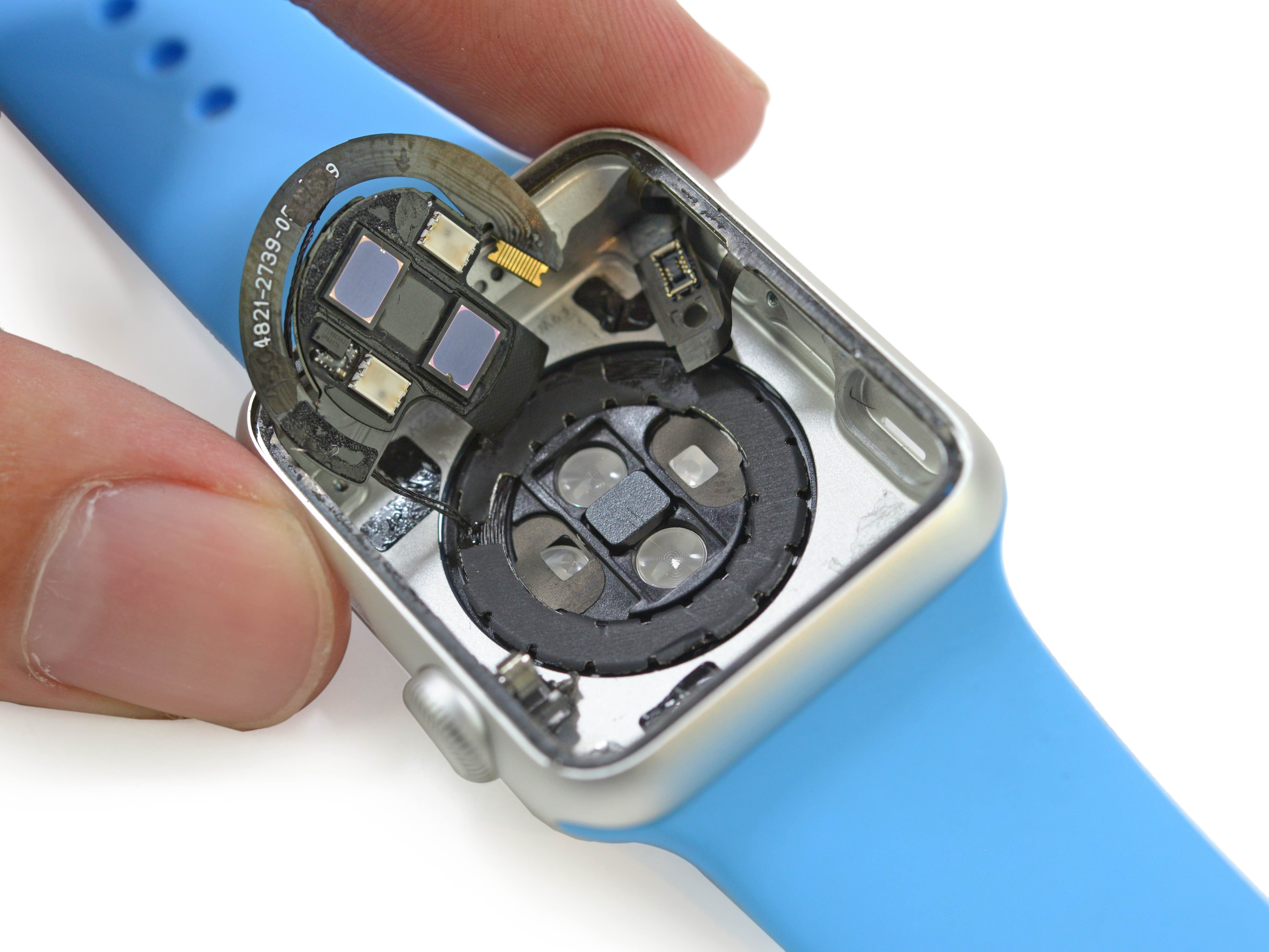 Apple Watch heart rate sensor iFixit 001