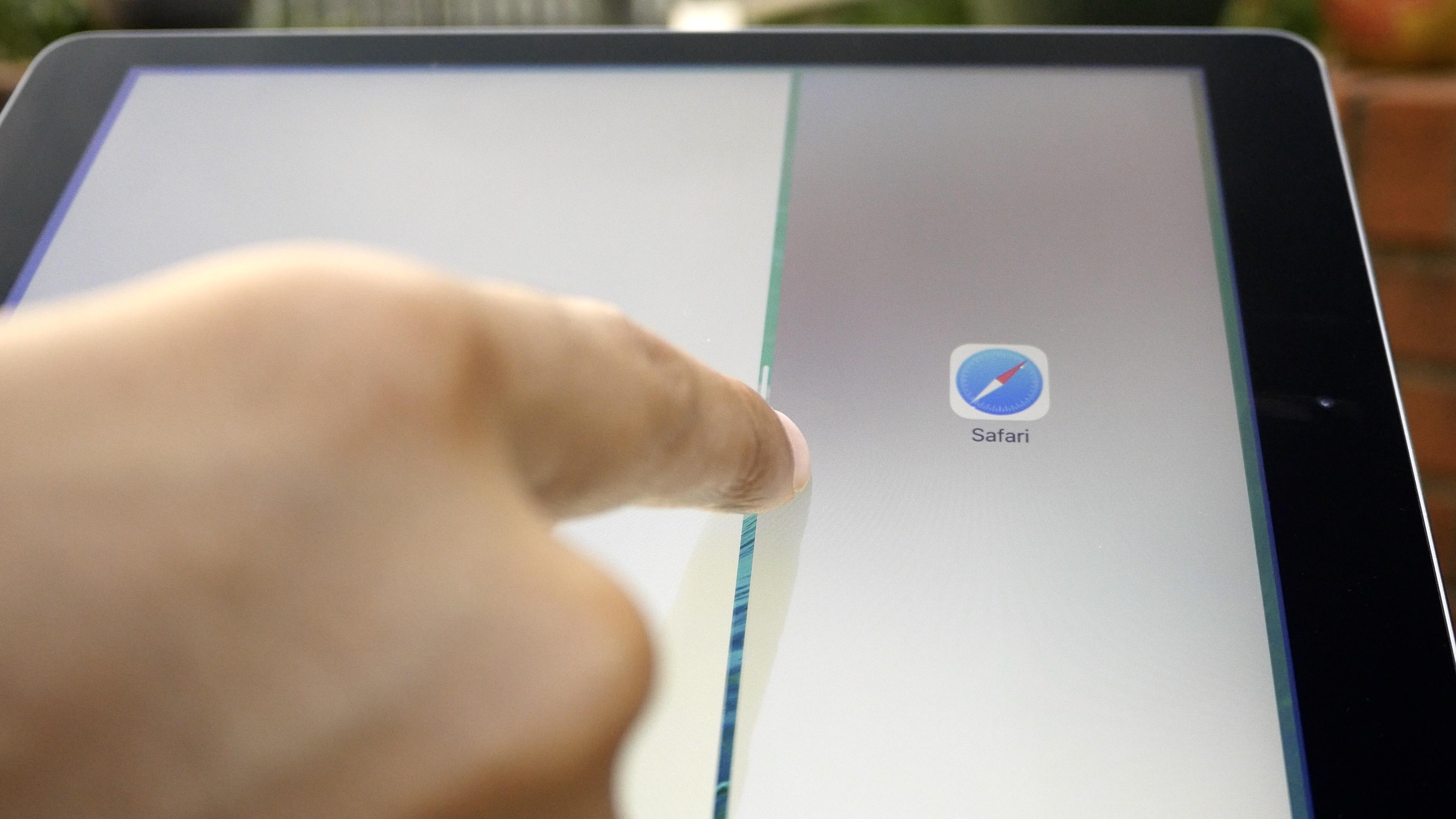 iPad Air 2 Split View