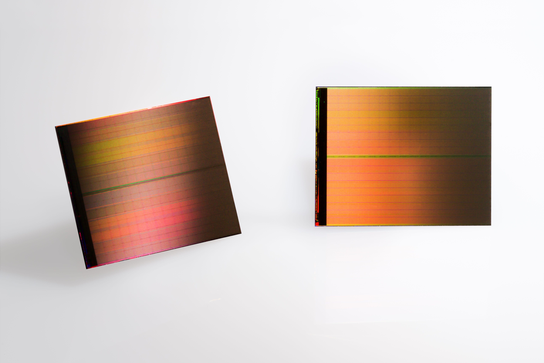 Intel 3D XPoint Die image 001