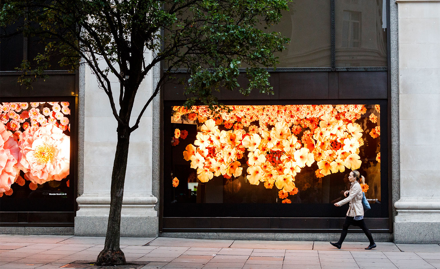 Selfridges Apple Watch floral display 004