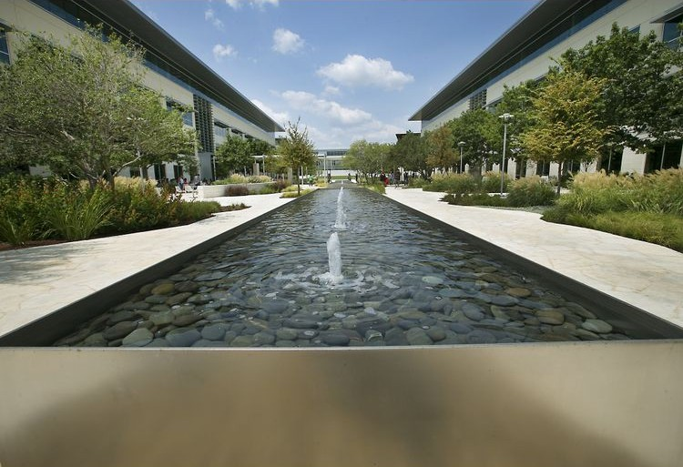 Apple Austin Texas campus image 003