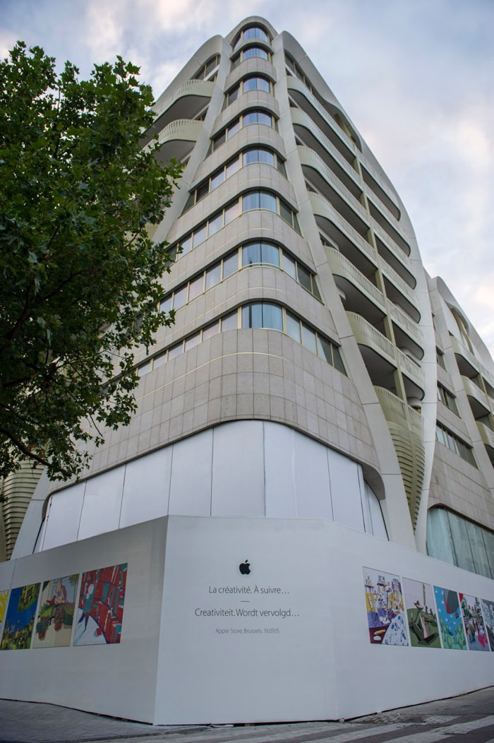 Apple Store Brussels Belgium image 002
