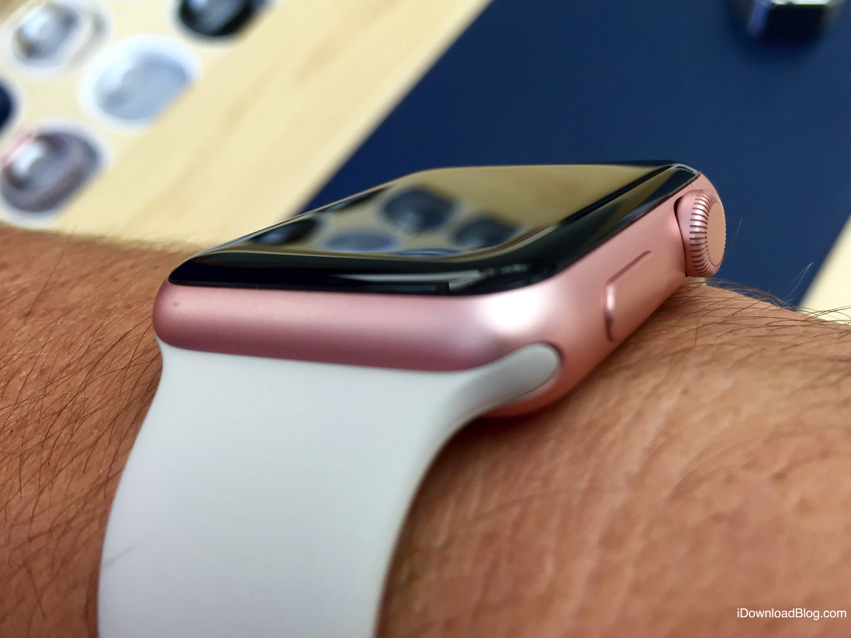 Rose Gold Aluminum Apple Watch Hands on 7