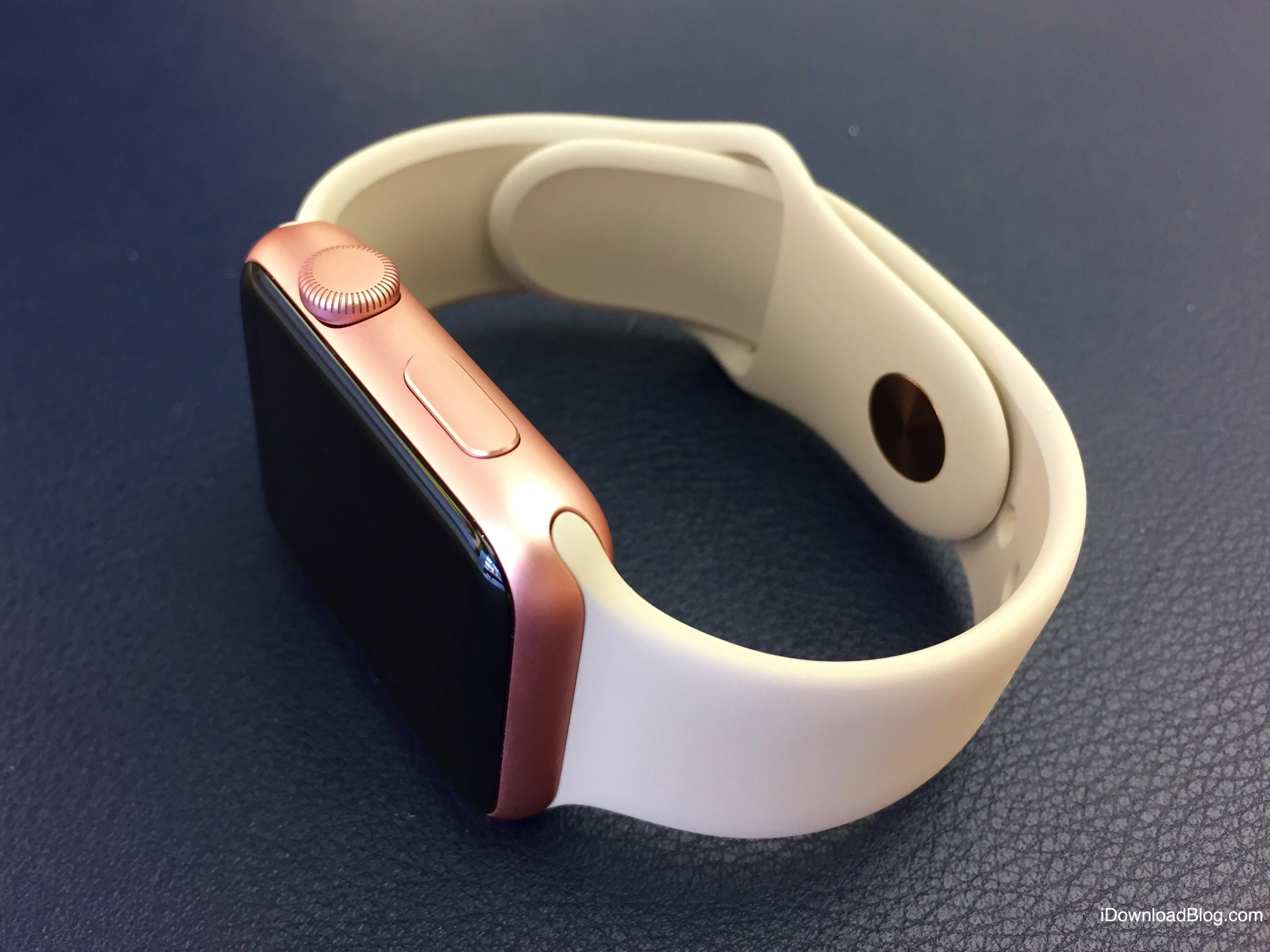 Rose Gold Aluminum Apple Watch Hands on 8