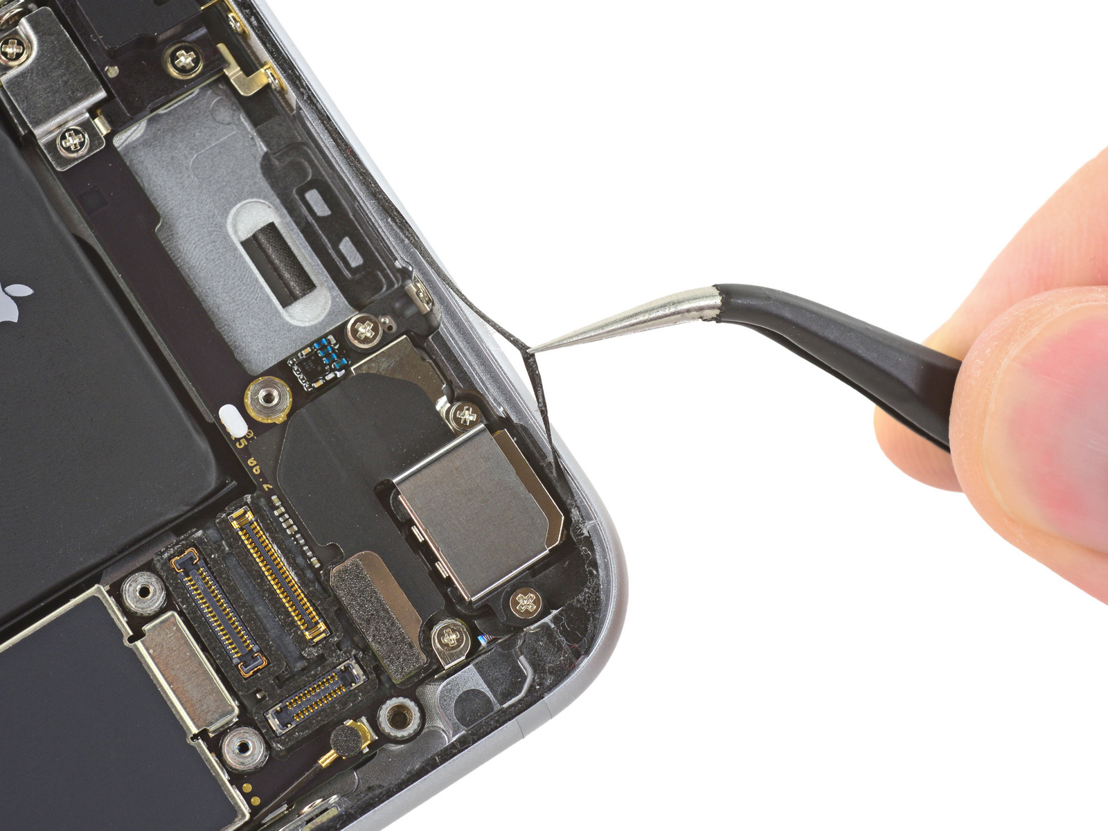iPhone 6s iFixit image 009