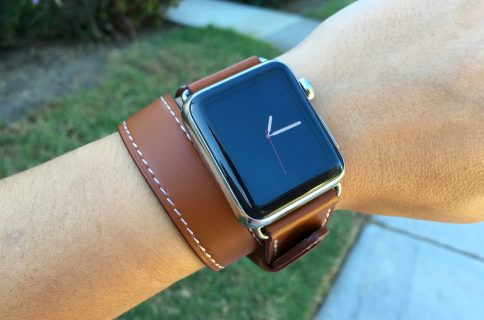 c197bb17e7f ... Hands on with Cuff and Double Tour Hermès Apple Watch knockoff bands