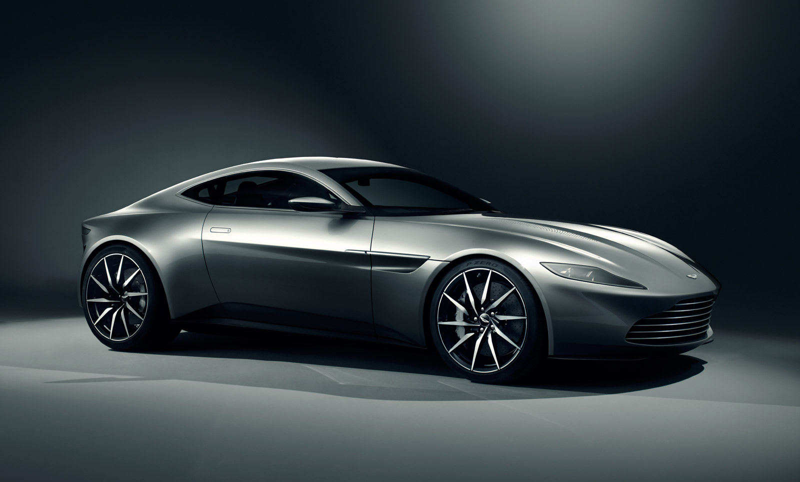 James-Bond-007-Spectre-Car-Wallpaper-Aston-Martin-DB10