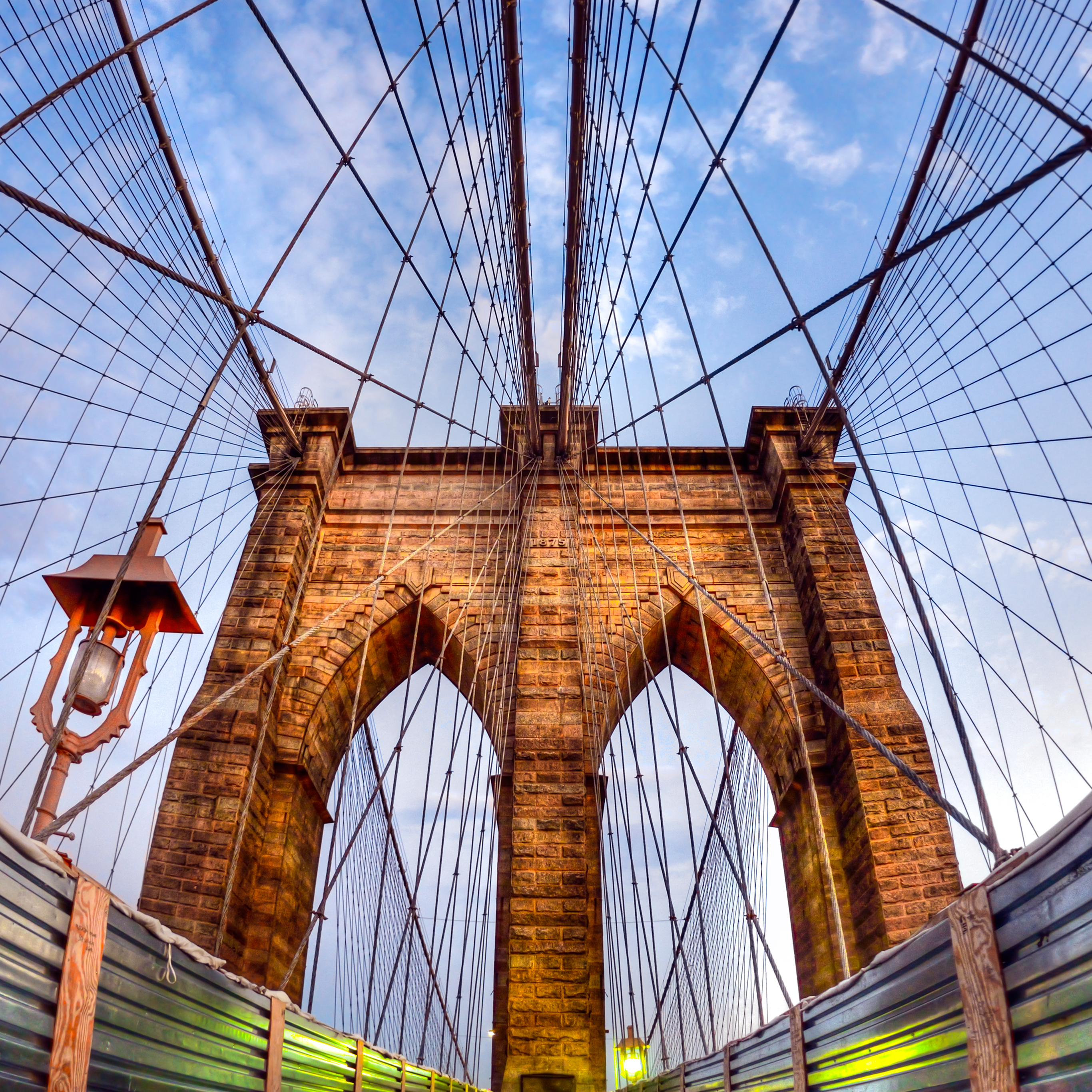 Brooklyn Bridge Renovation iPad Pro wallpaper_2732x2732