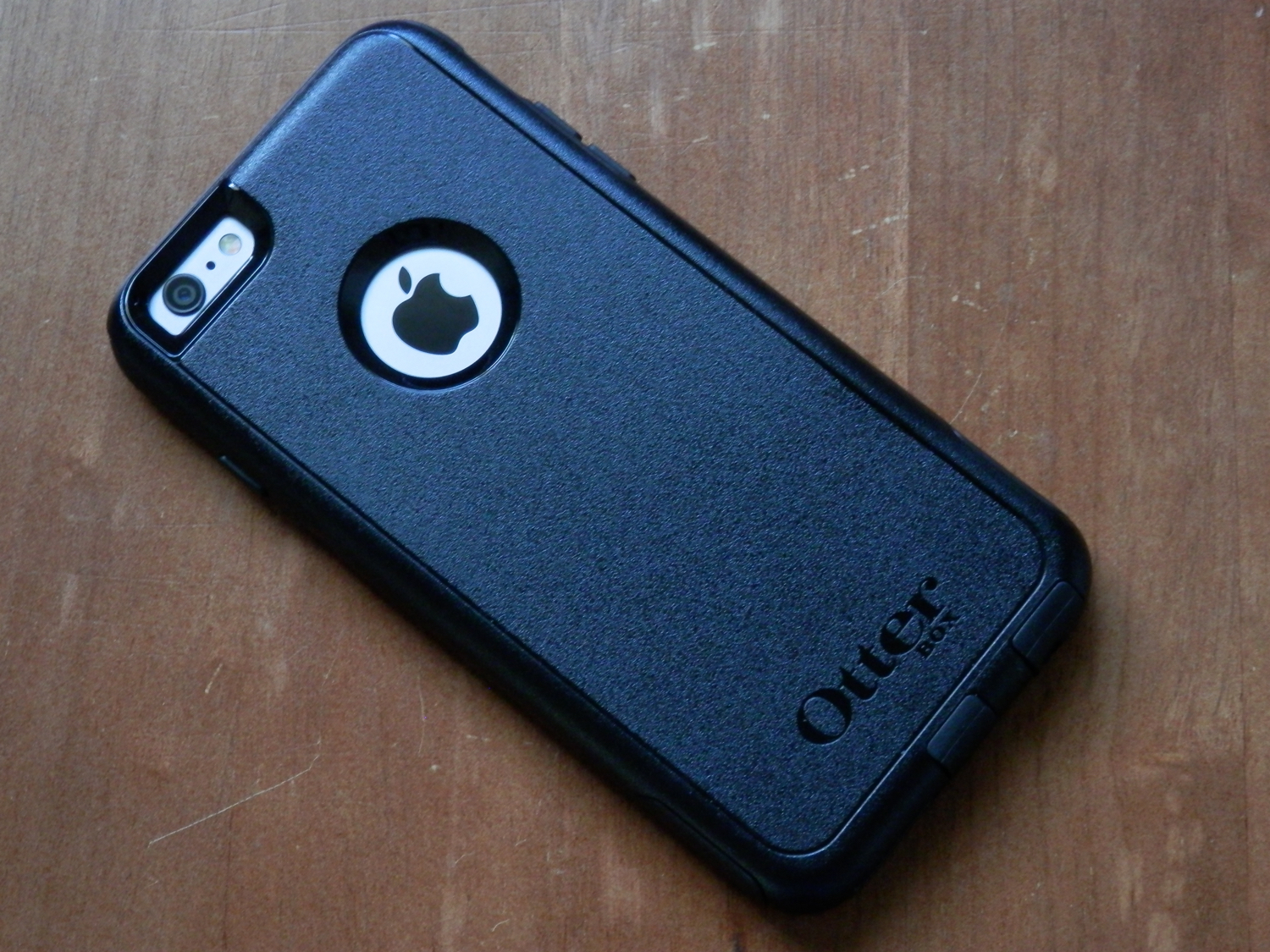 otterbox-commuter-series-rear