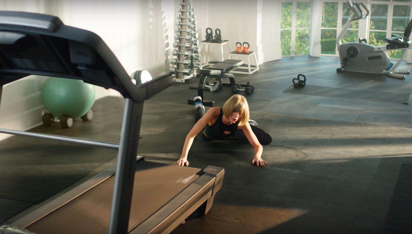 Apple Music ad Taylor Swift treadmill image 002
