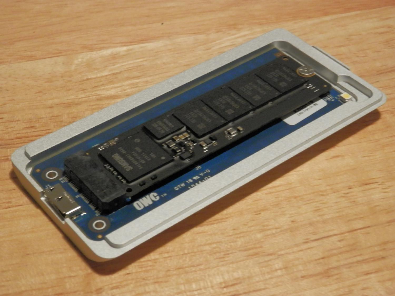 OWC Aura Pro SSD Review Envoy Pro factory SSD
