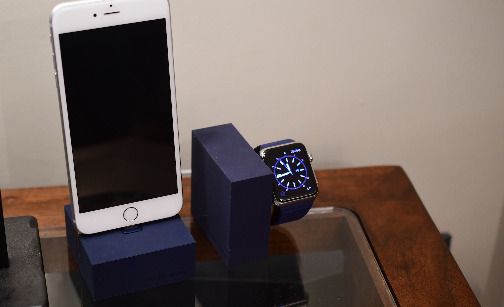 Native Union iPhone and Apple Watch Dock