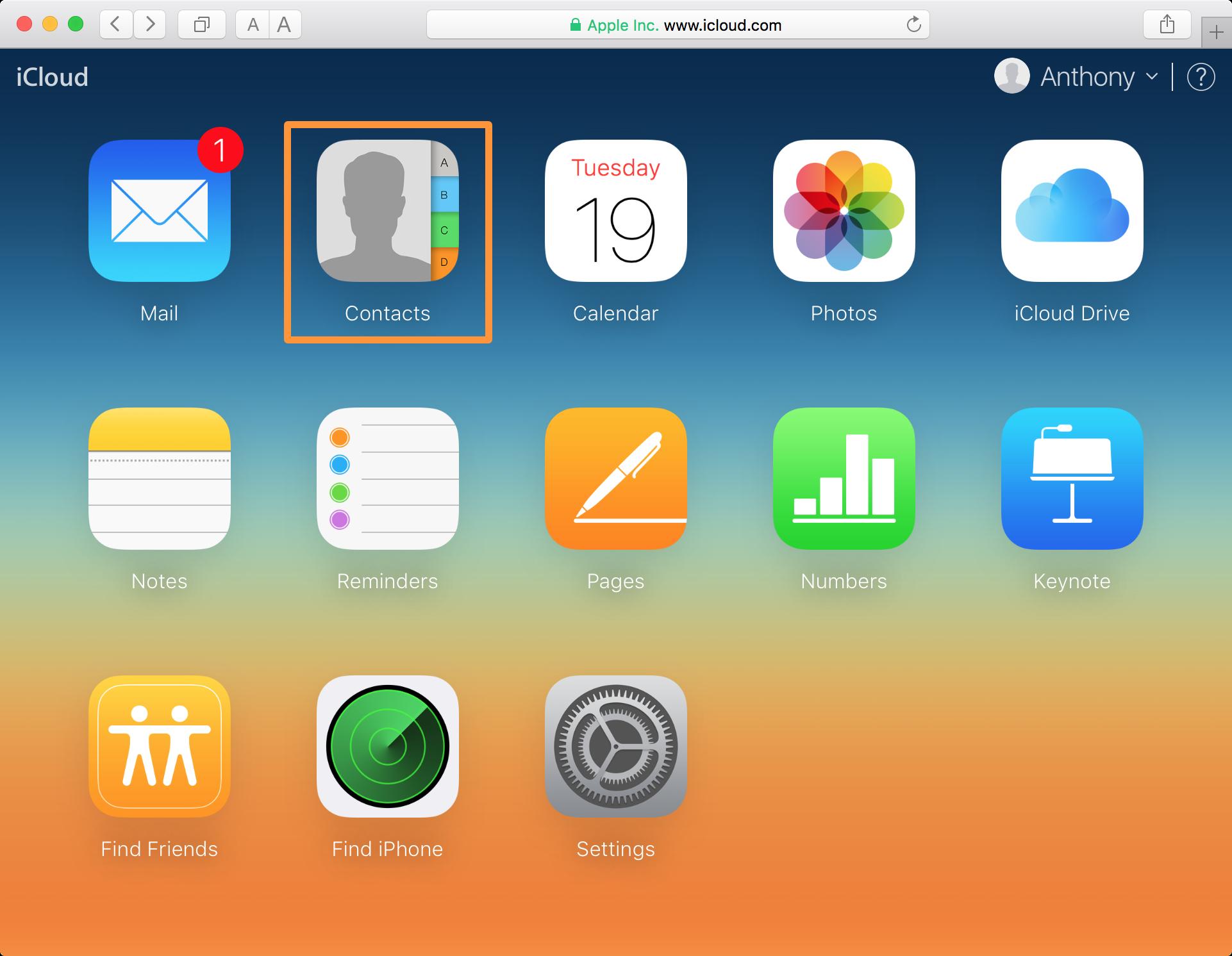 iCloud website contacts app