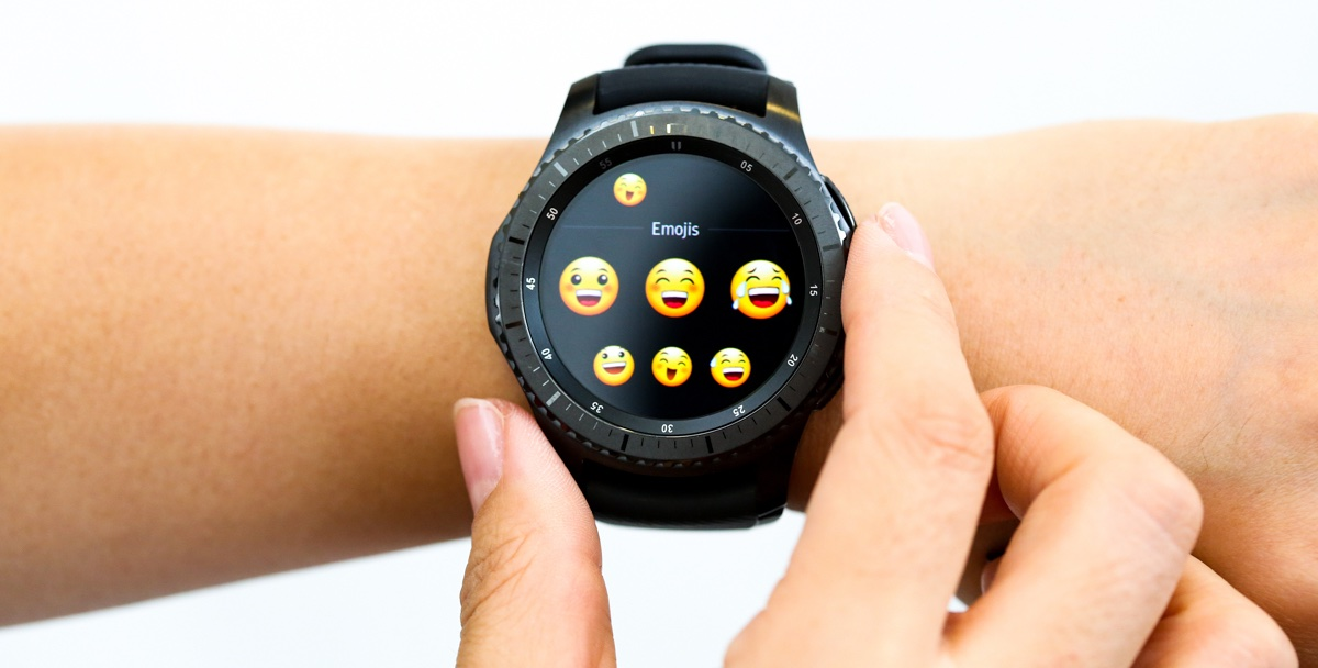 innovative design 960a9 8e728 Samsung confirms iPhone support for the new Gear S3 smartwatches