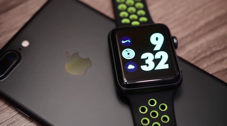 Apple Watch Nike Plus iPhone 7 image 001