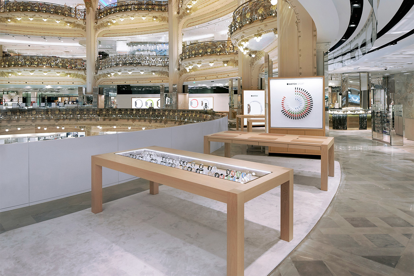 Apple Watch popup shop Galeries Lafayette