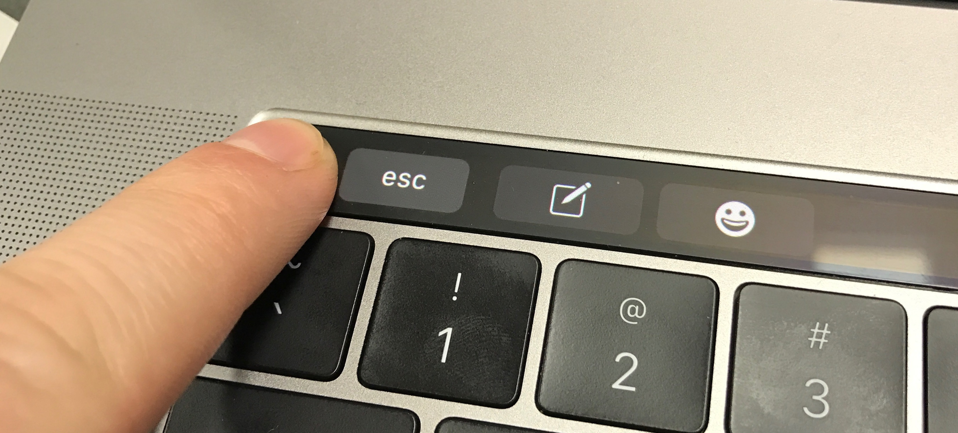 esc button touch bar