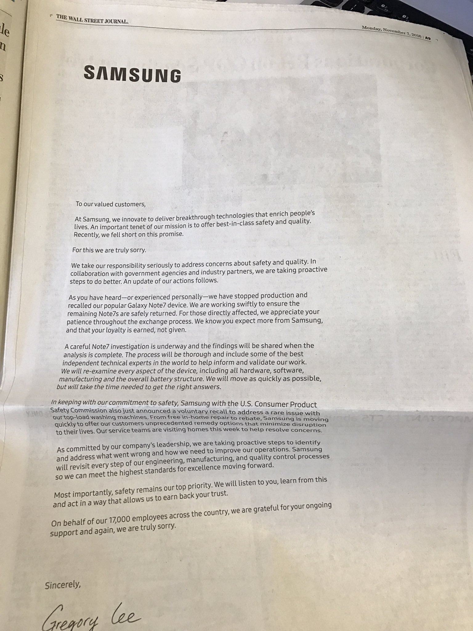 Samsung NOte 7 apology ad WSJ