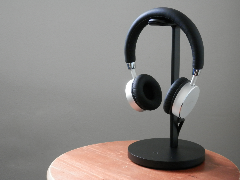 Twelve South Fermata Headphone Stand