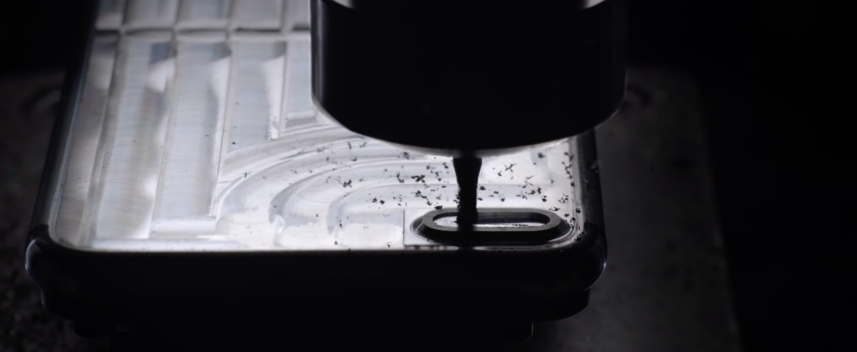 iPhone 7 jet black manufacturing image 006