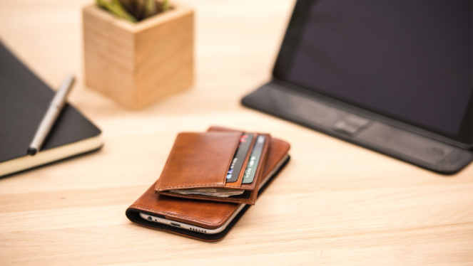 nodus collection compact 4 card wallet