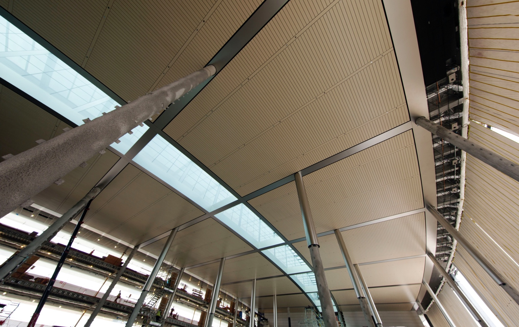 iSpaceship interior image 007