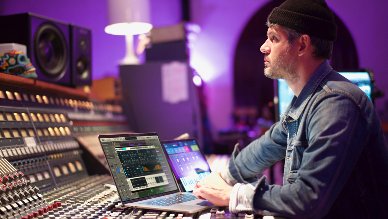 Apple updates GarageBand and Logic Pro X with pro-level