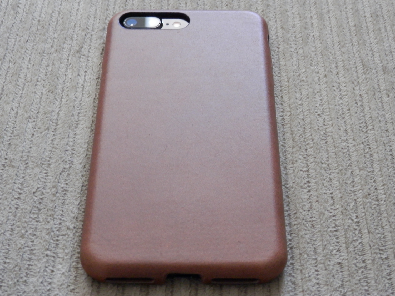 official photos 508ad 602b0 Nomad's Horween leather case for iPhone crosses luxury with protection