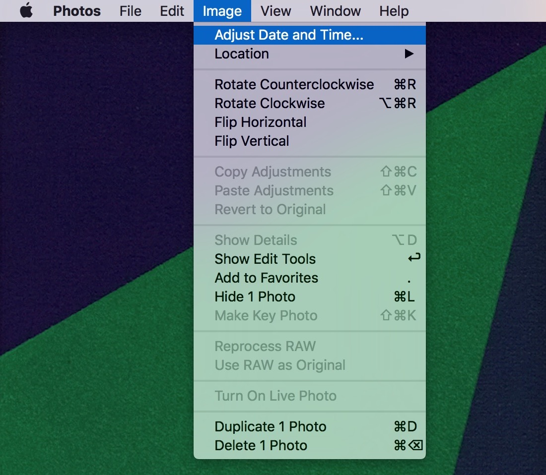 How to adjust the date and time of a picture in Photos for Mac