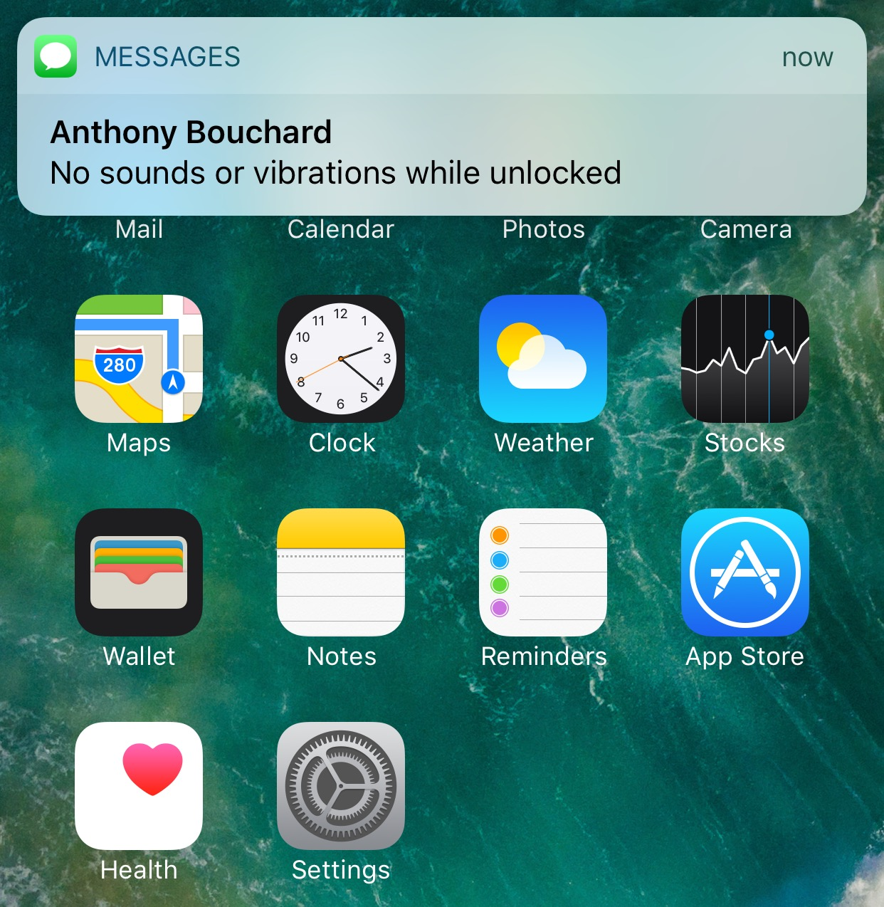 QuietWhileUnlocked silences obtrusive notifications when