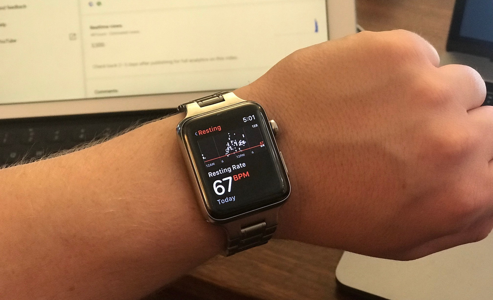 Elevated Heart Rate: Heart Rate app on Apple Watch