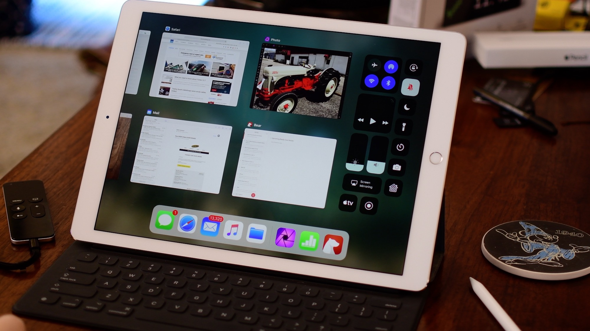iOS 13's iPad features: tabs in apps, same app Split View, Apple