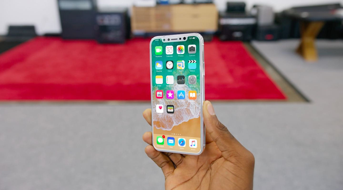 iPhone X will display 3D animations when charging wirelessly
