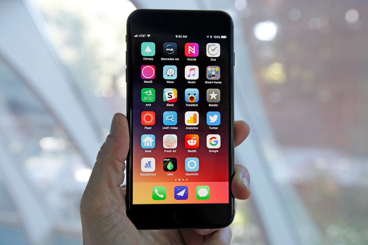 Apple is reportedly working on touchless gesture control and