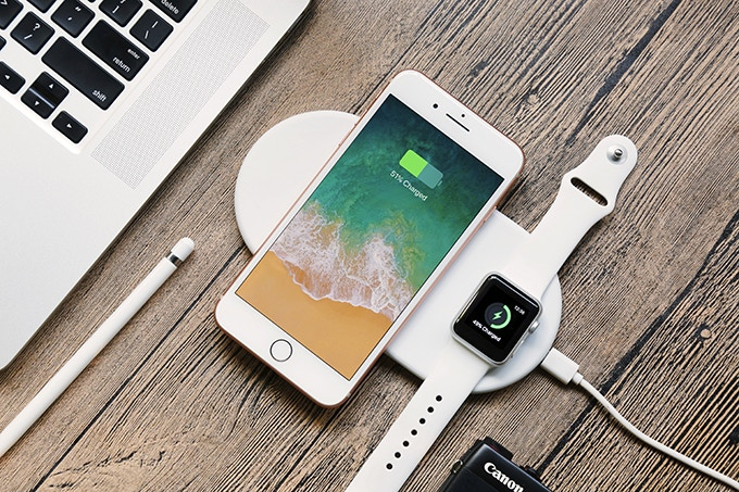 Portable Apple Watch And Iphone Charger