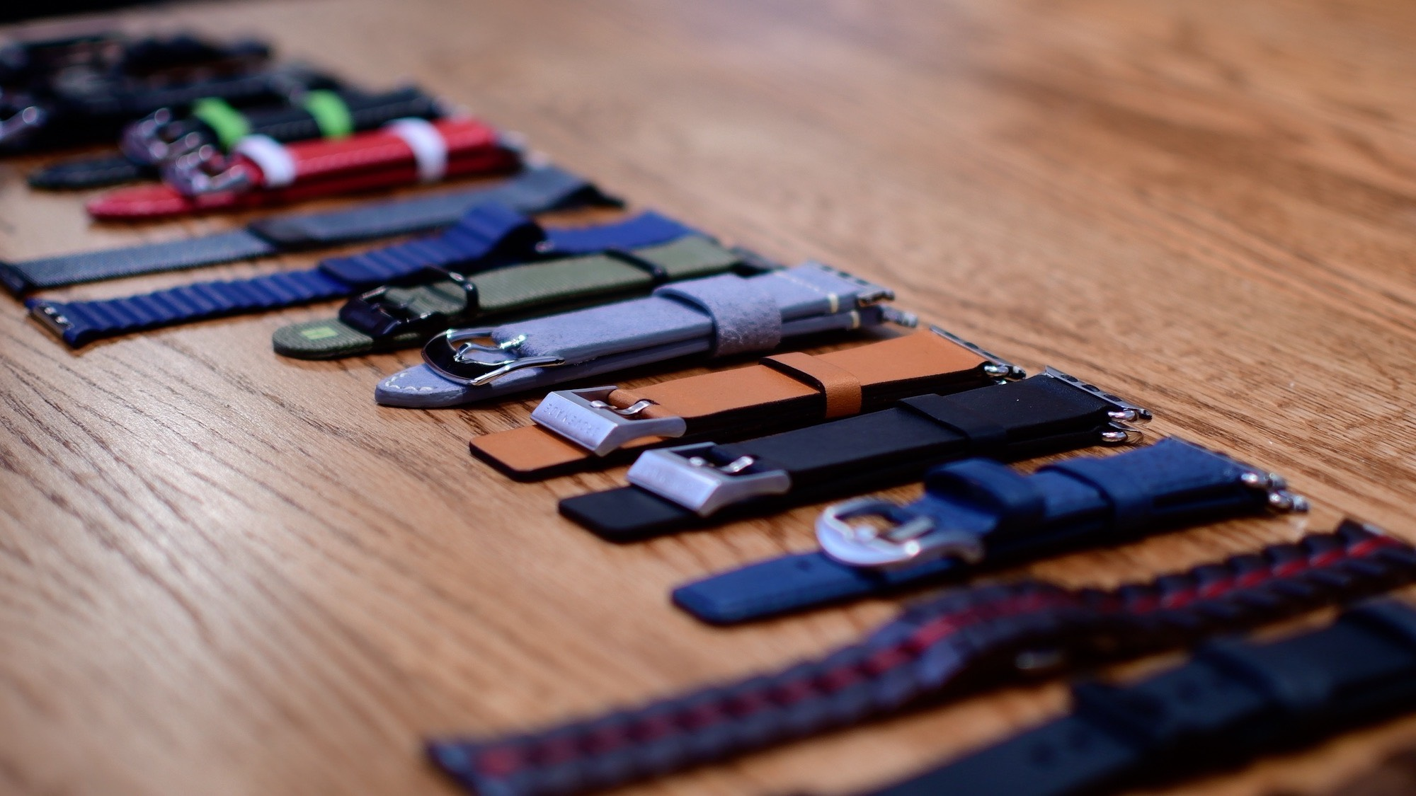 Gift Guide: Apple Watch band roundup