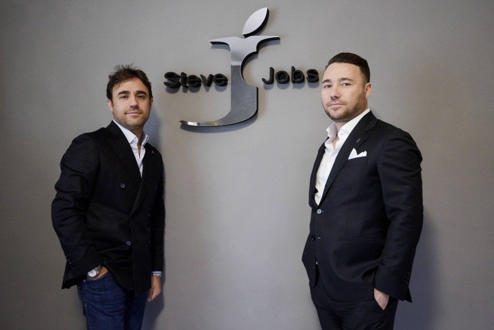 Italian apparel company wins legal battle to use Steve ...