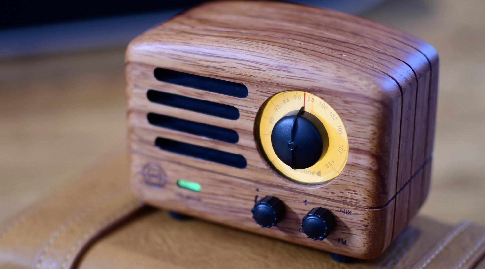 Review: I Love The Look Of The Retro Muzen Speaker & Radio