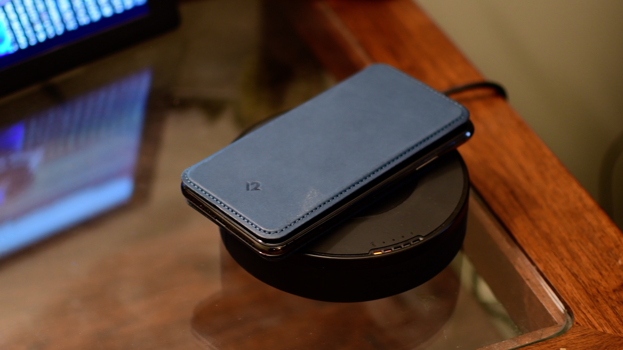 cheap for discount 378fa 25354 Review: Twelve South SurfacePad for iPhone X