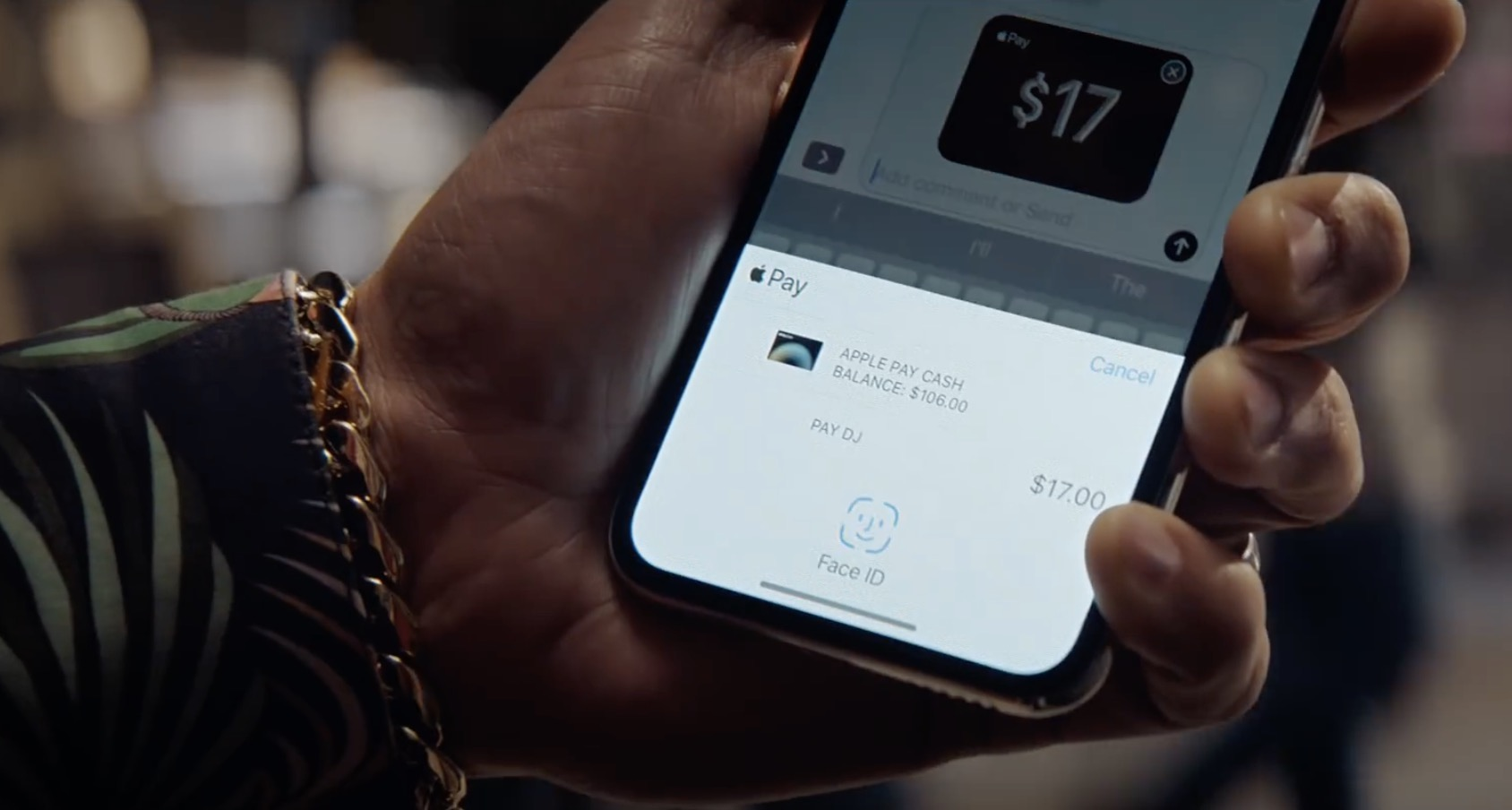 quality design 8af33 27e30 New iPhone X ad shows how easy it is to send money with Apple Pay Cash