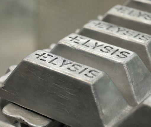 Apple aluminum manufacturing 002