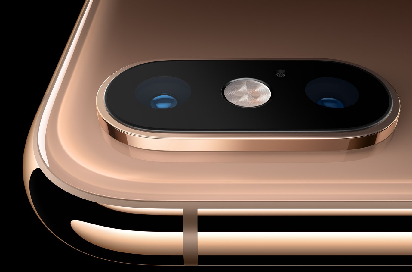 iPhone Xs dual-camera closeup